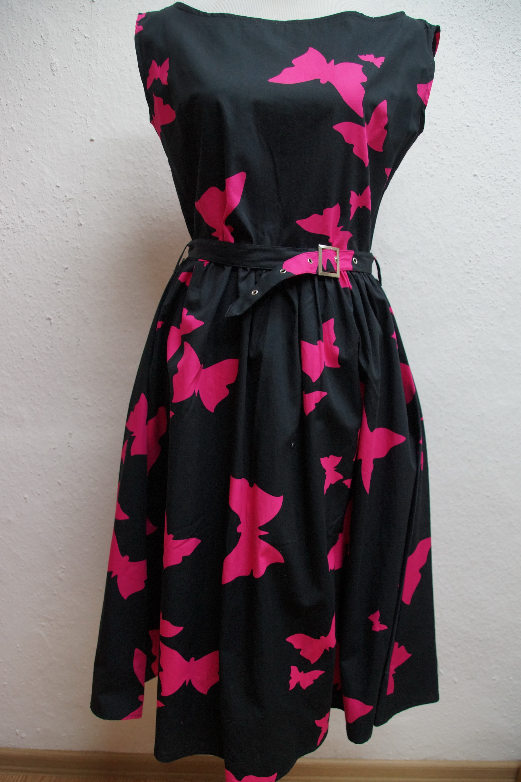 Kleid Necessary Evil schwarz-pink Schmetterlinge Rockabilly